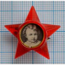 Значок Октябрятская звездочка, Черный фон