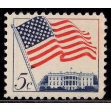 1963, Январь. Почтовая марка США. Флаг над Белым домом. 5 центов