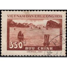 1959, февраль. Почтовая марка Северного Вьетнама. Бухта Халонг, 350D
