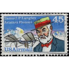 1988, май. Почтовая марка США. Пионеры авиации - Сэмюэл Пьерпонт Лэнгли. Авиапочта, 45C