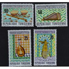 1970, март. Набор почтовых марок Туниса. Музыкальные инструменты