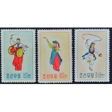 1960, февраль. Набор почтовых марок Северной Кореи. Корейские национальные танцы