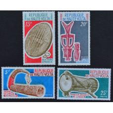 1971, март. Набор почтовых марок Республики Верхняя Вольта. Музыкальные инструменты